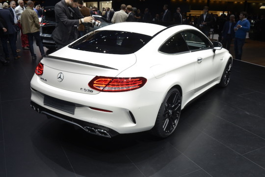 Mercedes-Benz C63 AMG Coupe_1