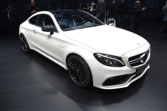 Mercedes-Benz C63 AMG Coupe_2