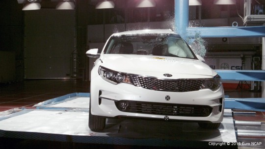 Kia_Optima_2015_Pole (Medium)