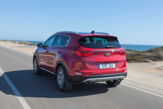 New Sportage_exterior_dynamic_rear_#01 (Medium)